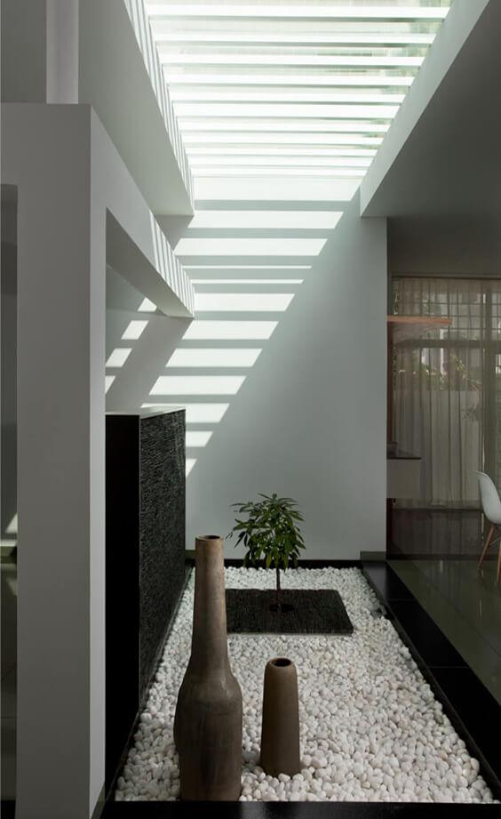 interior pebble flooring